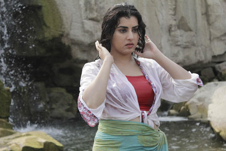 Archana Sexy And Hot Look Photo Still From Movie Panchami