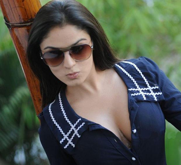 Lucky Sharma Sexy Expression Photo Shoot