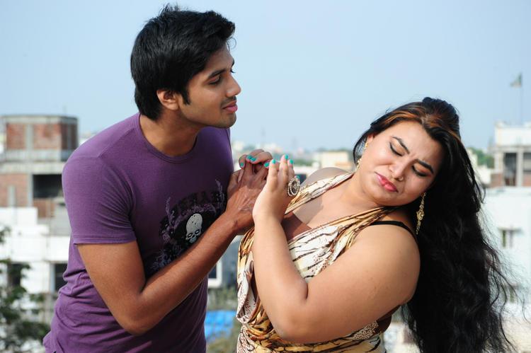 Sushmita A Still From Amma Nanna Oorelithe Movie