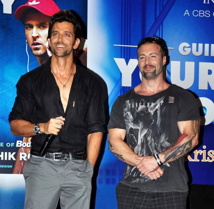 Hrithik And Kris Gethin Smilling Pic During Your Best Body Book Launches Event