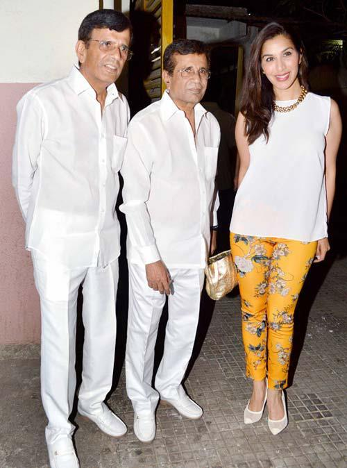 Abbas,Mustan And Sophie Posed Fro Camera At The Special Screening Of Go Goa Gone Movie