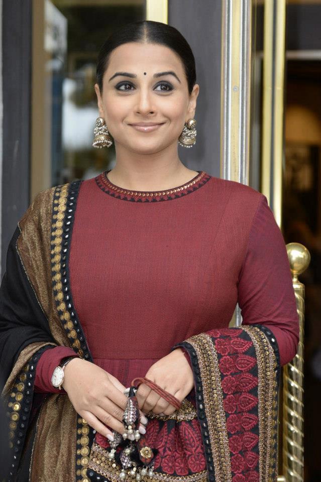 Vidya Balan Gorgeous Indian Desi Look At 66th Cannes Film Festival 2013