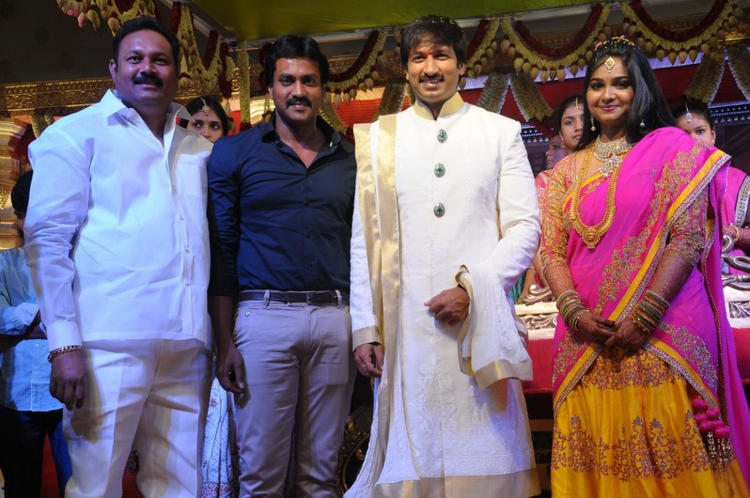 Guest Spotted At Gopi Chand And Reshma Wedding Reception