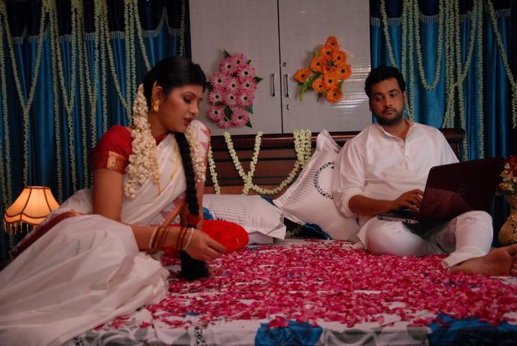 Tamil Movie Aasa Dosa Appadam Sivaji And Sona Chabra Still