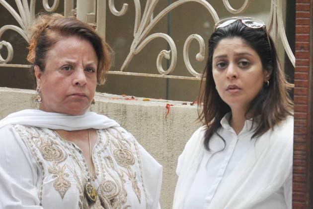 Nagma Spotted At Jiah Khan's Funeral In Mumbai
