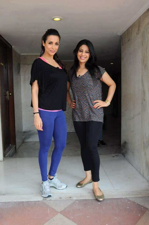 Malaika Arora Pose With A Fan For Photo Shoot In Delhi