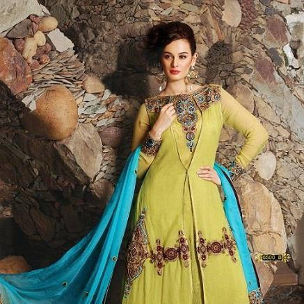 Evelyn Sharma Hot Look Photo Shoot For An Indian Designer Wear