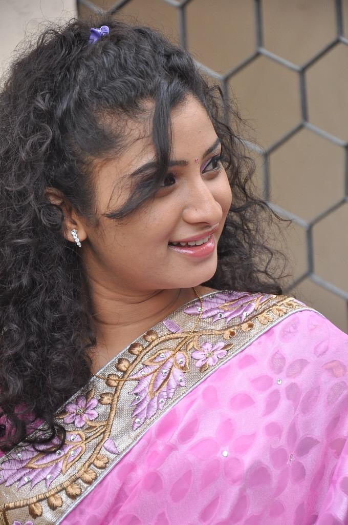 Vishnu Priya Side Face Look Nice Still At Prayaas Style Affair Life Style Exhibition Launch Event