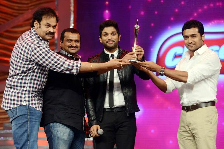 Nagababu,Bandla Ganesh,Allu Arjun And Suriya At Cine Maa Awards 2013