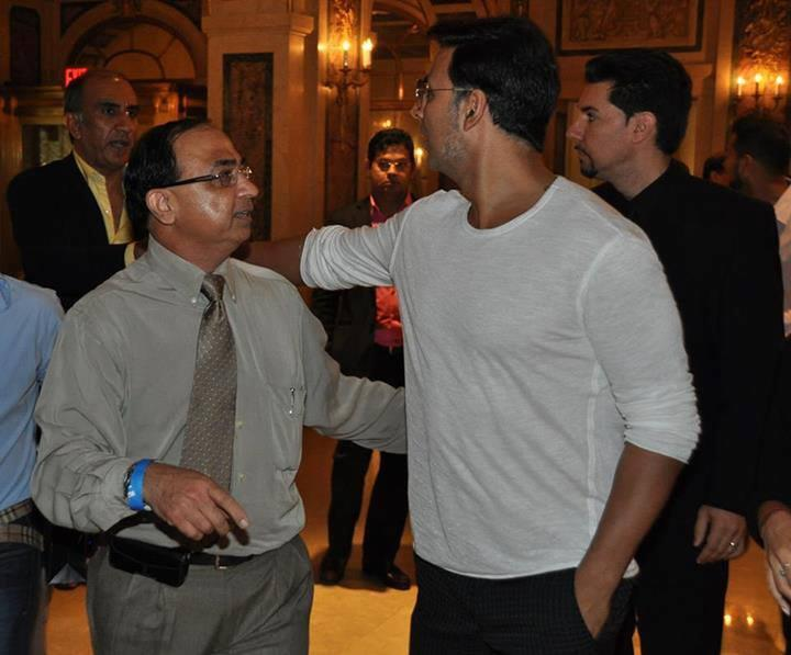 Akshay Kumar In Plaza For Press Conference Of OUATIMA