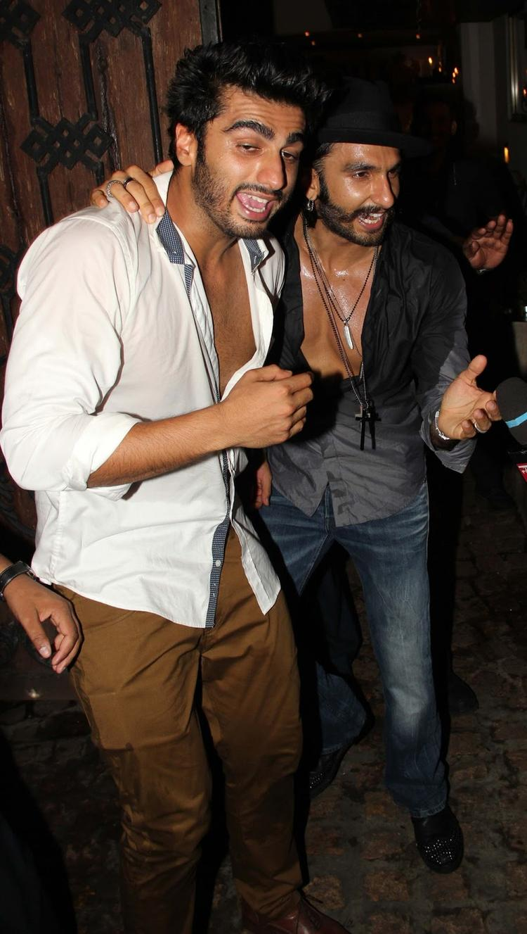 Ranveer And Arjun Fun Still During The Birthday Bash