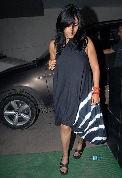 Ekta Kapoor Makes An Entry In Her Favourite Garment At Lootera Special Screening