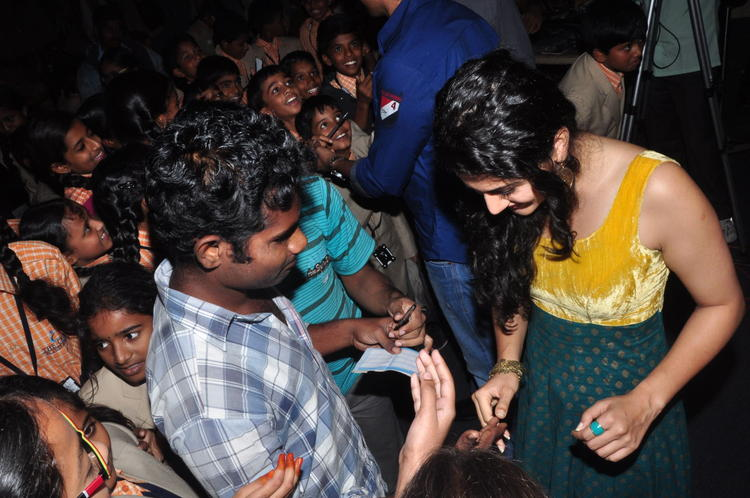 Taapsee In Sahasam Show To School Students