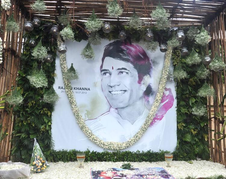 Rajesh Khanna's First Death Anniversary Pic