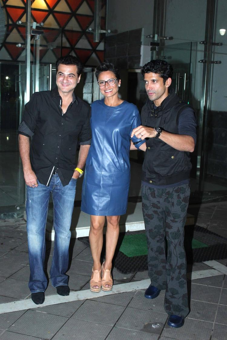 Sanjay Kapoor Birthday Bash Sanjay,Farhan And Adhuna Pic