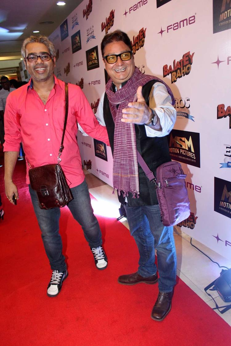 Shashant Shah And Vinay Pathak Posed In Red Carpet At The Premiere Of Bajatey Raho Movie