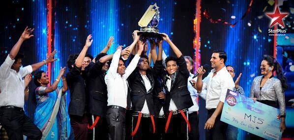 Delhi's Group MJ5 Wins The Title India's Dancing Superstar