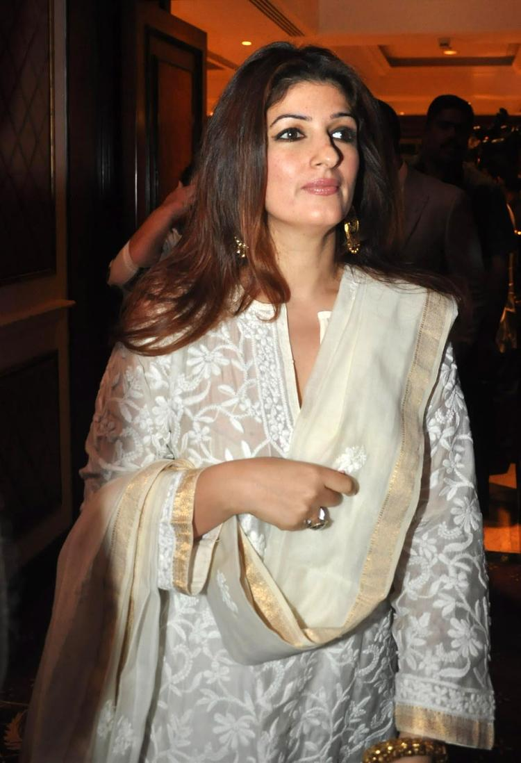 Twinkle Attended Her Father Rajesh Khanna's Statue Launch Event
