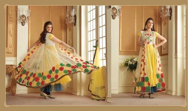Sonali Bendre In Indian Designer Wear Fabulous Look Photo Still