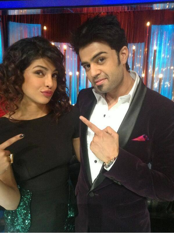 Priyanka And Manish Cool Posed On The Sets Of Jhalak Dikhhla Jaa 6 During The Promotion Of Zanjeer