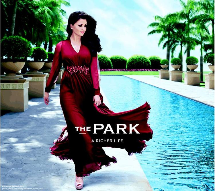 Aishwarya Rai Bachchan Looking Elegant And Hot For Lodha The Park Photo Shoot