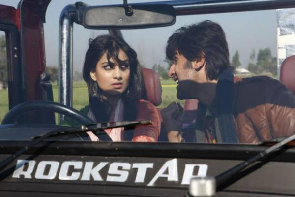 Ranbir Kapoor And Pallavi Sharda In Besharam Movie Stills