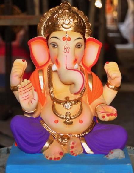 Bal Ganesh Murthi Nice Photo