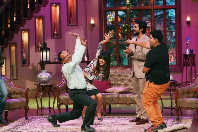 Priyanka Chopra And Ram Charan Shake A Leg With The Audiences At The Comedy Show