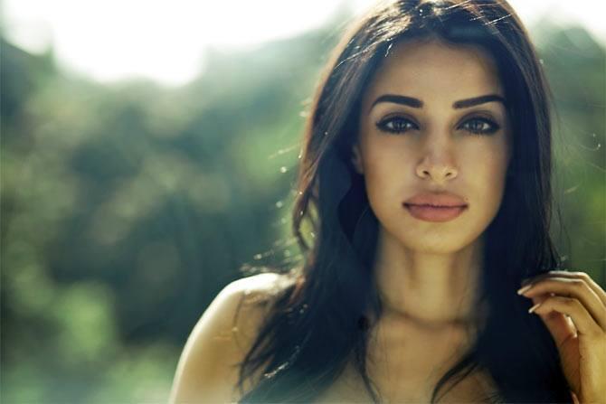 Jasmine Latest Beauty Stunning Pic