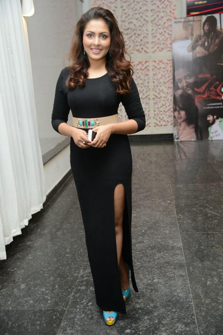 Hot Madhu Shalini At Satya 2 Movie Audio Release Function
