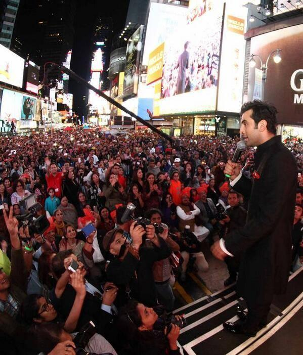 Ranbir Kapoor At The Huge Crowd During The Celebration Of Diwali In At Times Square, New York