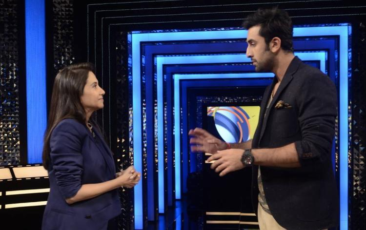 Anupama And Ranbir Cool Chatting On The Sets Of The Front Row Show