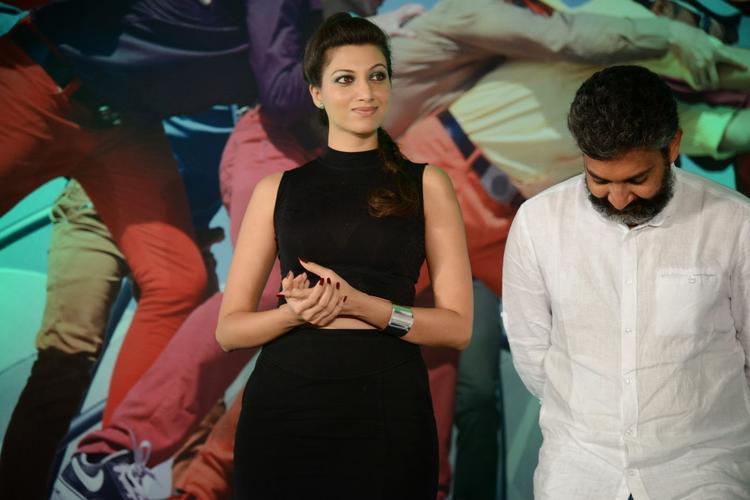 Hamsa Nandini Glamour Look In Black Dress At Ramayya Vastavayya Audio Release Function
