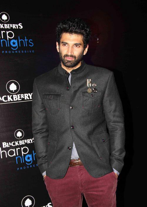 Aditya Roy Kapur Dazzling Face Look During The Launch Of Fall-Winter 2013 Collection At Blackberry Sharp Night
