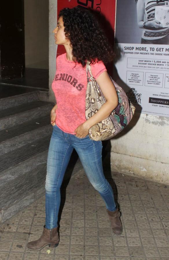 Kangna Ranaut Nice Cool Look At PVR, Mumbai