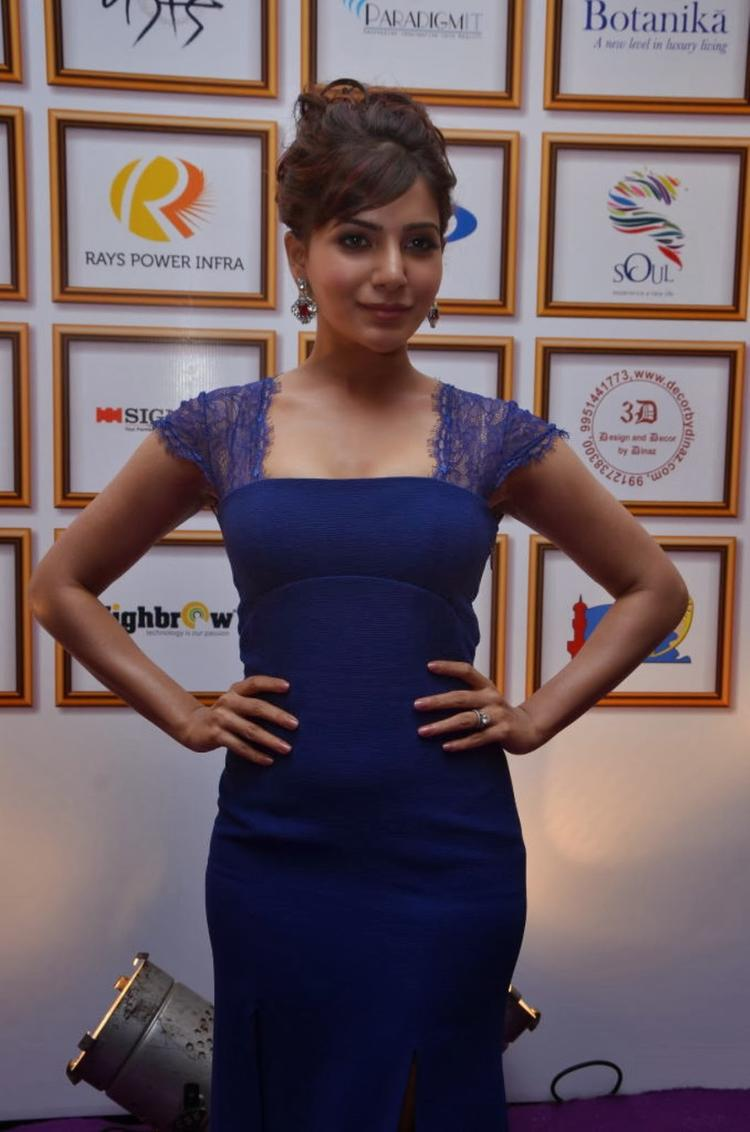 Samantha Looking Elegant In This Blue Gown At Food For Change Charity Event