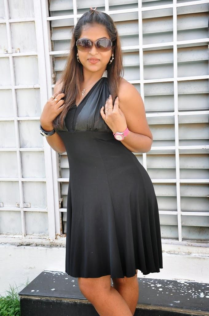 Telugu Actress Hemalatha Sexy Pic At Roots Film Creations Pro.No.1 Movie Opening In Hyderabad