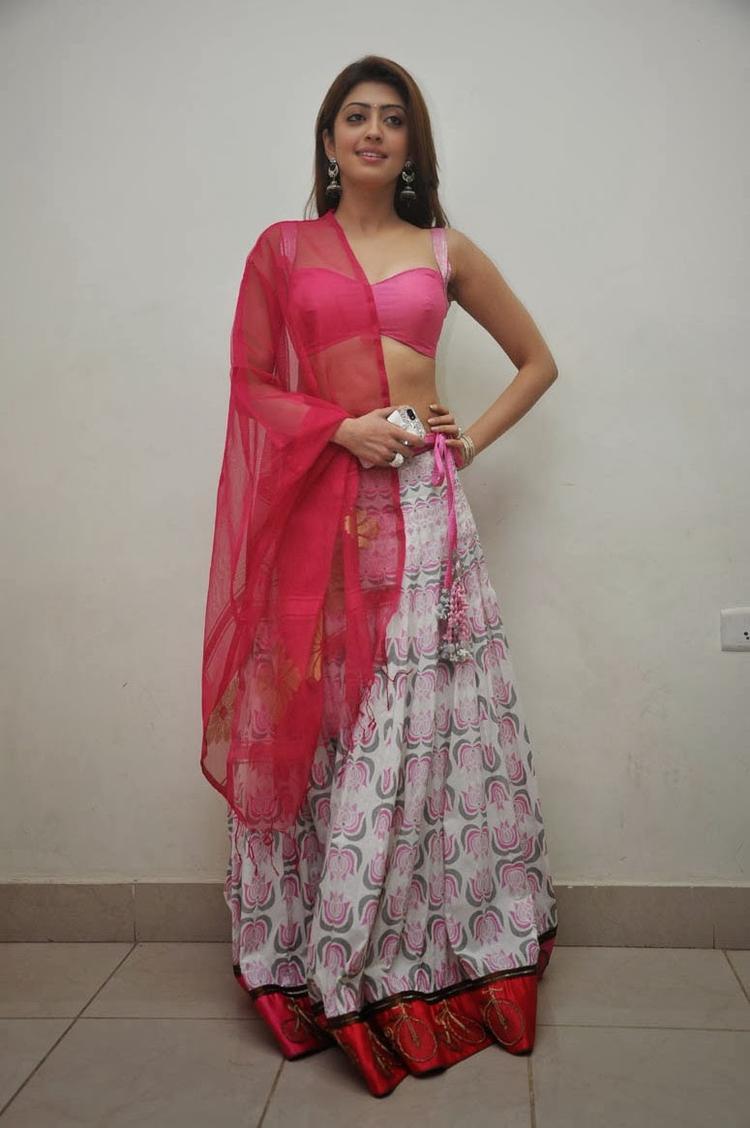 Pranitha Subhash Glamour Sexy Look During The Thank You Press Meet Function Of Attarintiki Daredi Movie