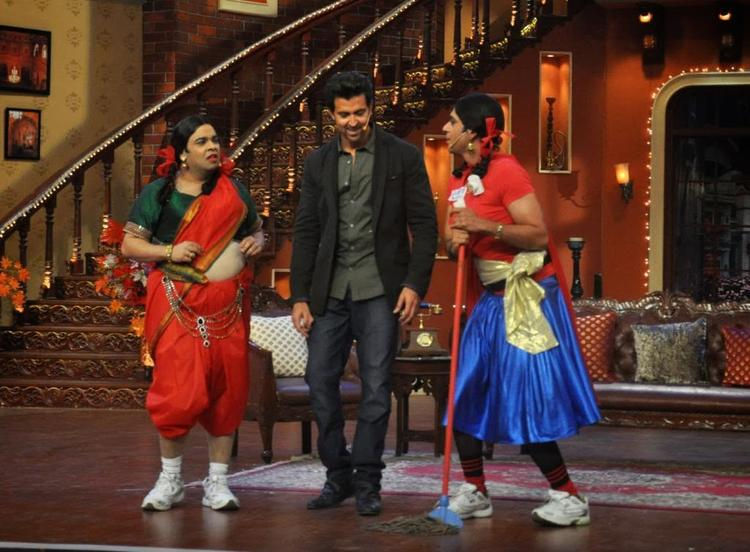 Hrithik Roshan With Guthi And Palak On Comedy Nights With Kapil