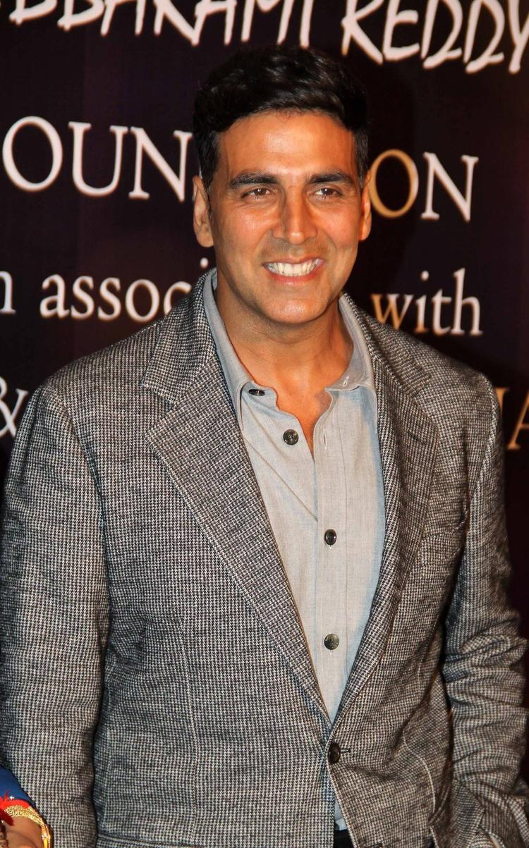 Akshay Kumar Smiling During The Yash Chopra Memorial Awards Ceremony