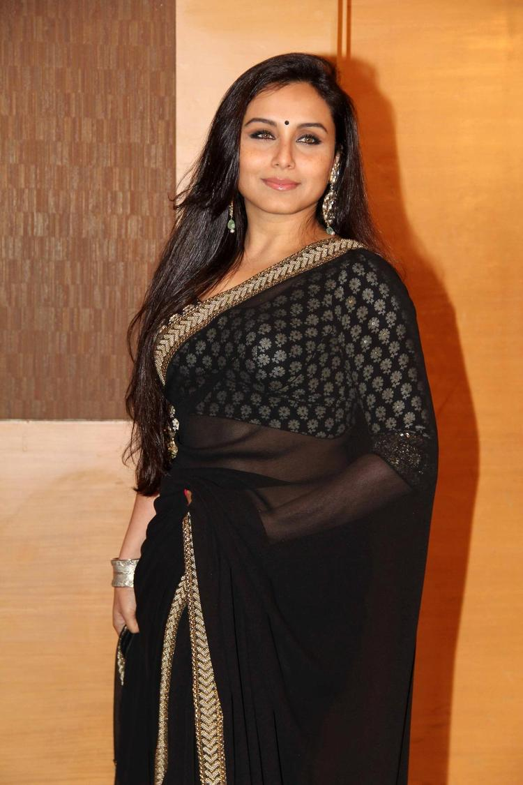 Rani Mukherjee In Black Saree At The Yash Chopra Memorial Awards Ceremony