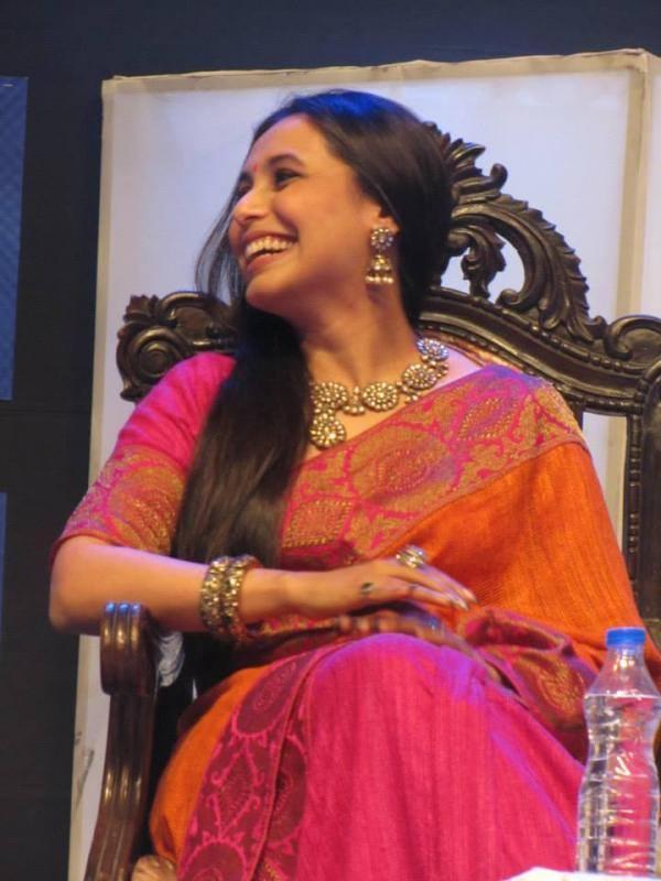 Kolkata International Film Festival 2013 Rani Mukherjee Smiling Pic