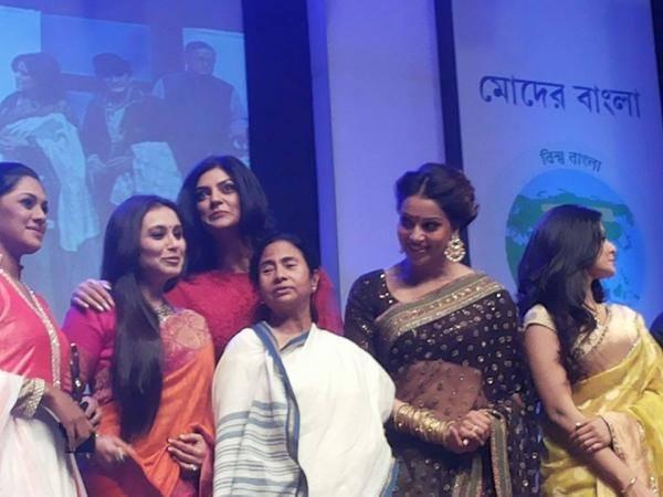Rani,Bipasha,Mamata And Sushmita On The Stage Of The Kolkata International Film Festival