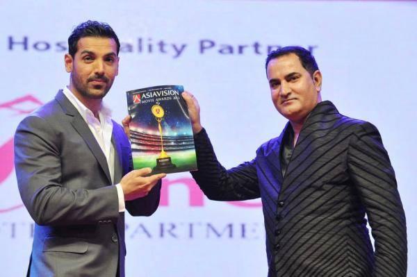 John Abraham Received The Icon Of The Year Award At Asiavision Awards