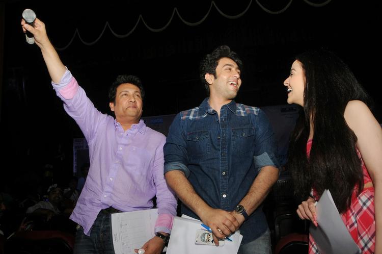 Shekhar,Ariana And Adhyayan Graced At Mithibai College Kshitij Festival