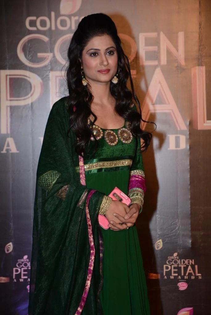 Shefali Sharma Natural Look At Colors TV 3rd Golden Petal Awards 2013