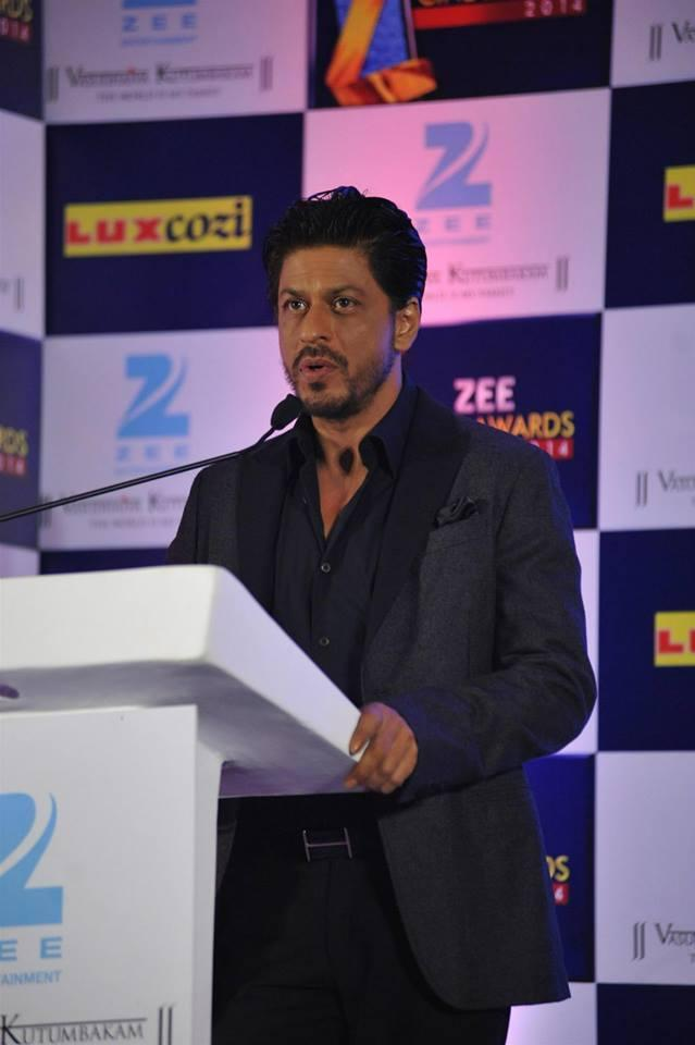Shahrukh Khan Interact With The Media During The Zee Cinema Awards 2014 Press Conference Event