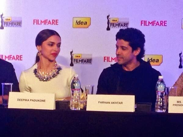 Deepika And Farhan Unveil The Idea Filmfare Awards Special Issue