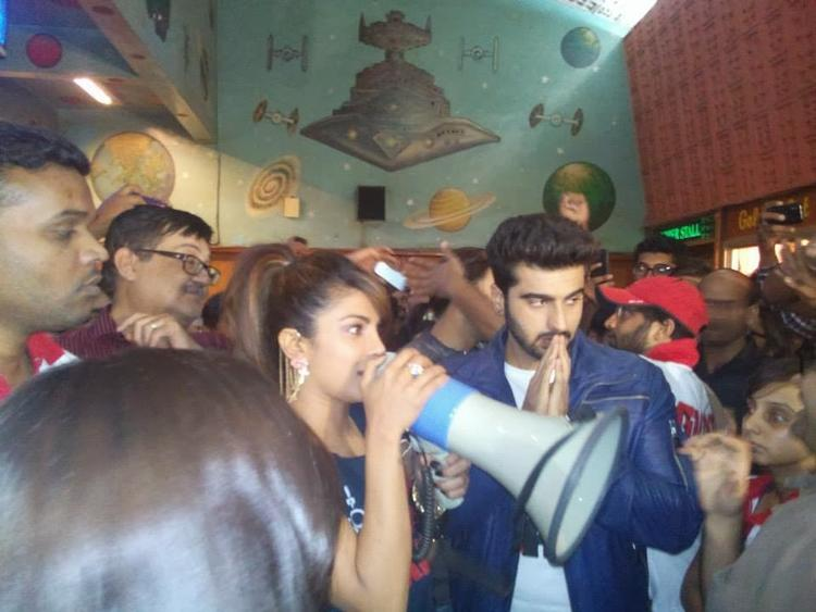Priyanka Chopra And Arjun Kapoor Greet The Fans At Gaiety Theatre During The Promotion Of Gunday