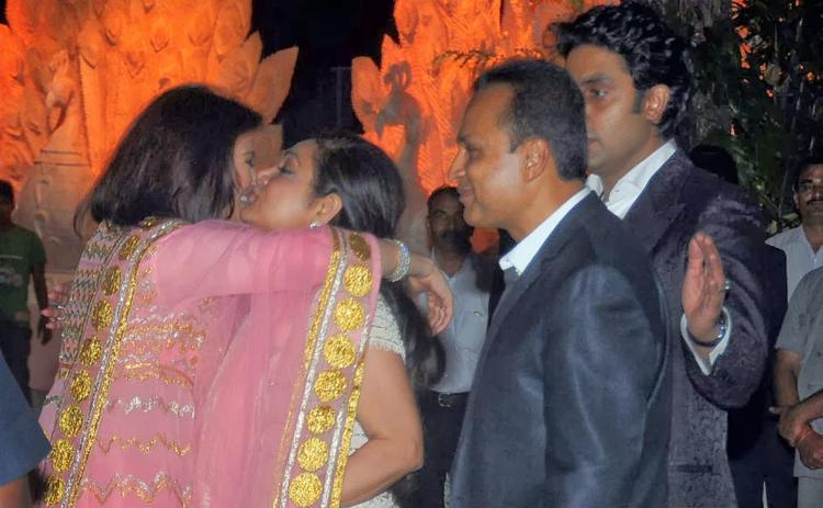 Aishwarya And Tina Bid Goodbye While Anil And Abhishek Look On At Kokilaben Ambani's Birthday Bash